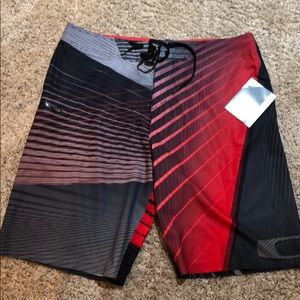 Oakley board shorts size 36 new